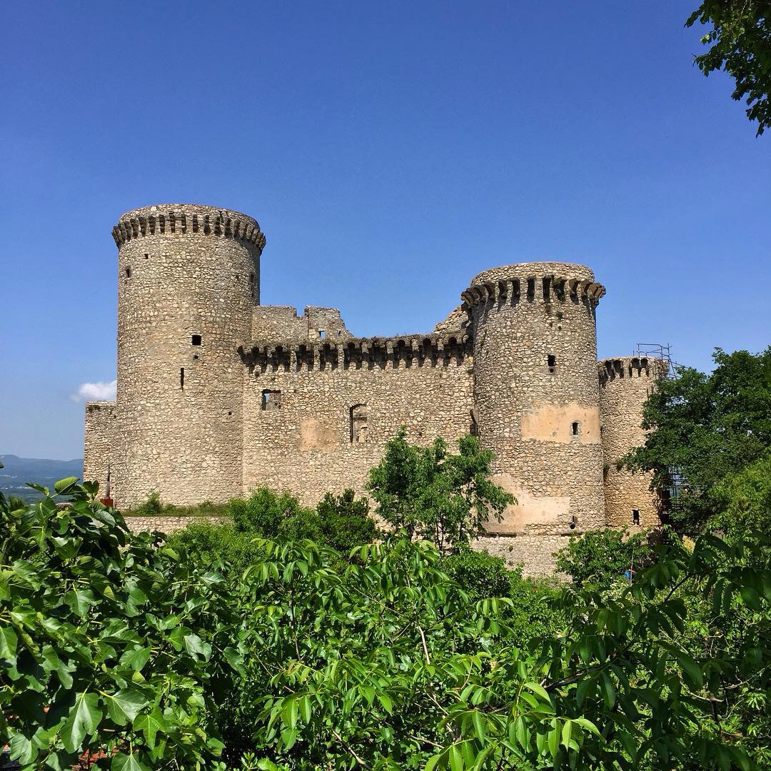 l'imponente castello di Riardo