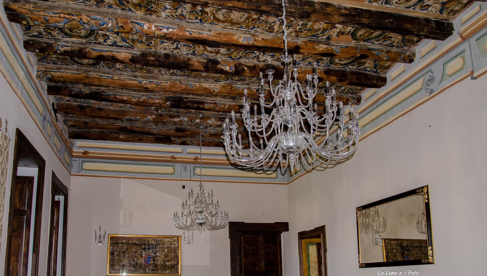 Interni del palazzo ducale dei Capece Minutolo (Foto di la Luna e i Falò)