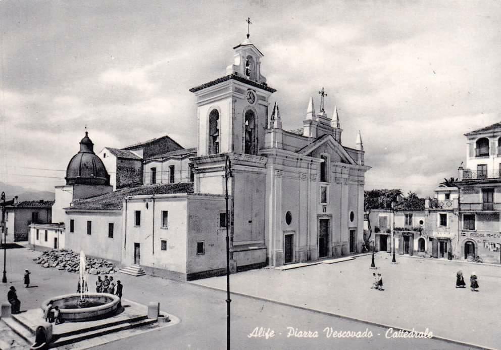 Cartolina della Cattedrale di Alife