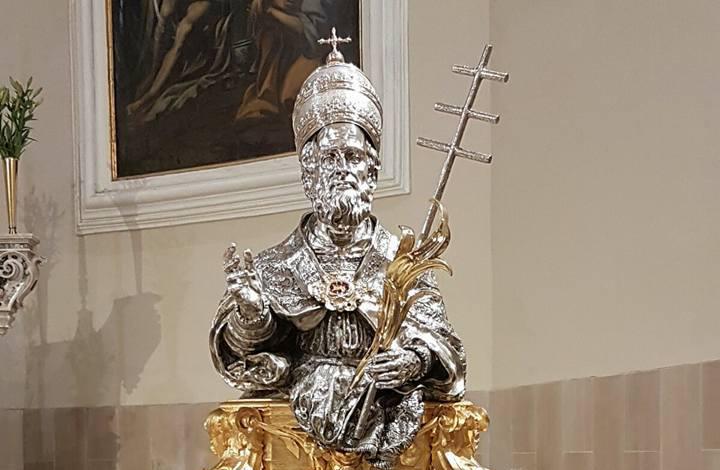 Statua San Sisto I Alife