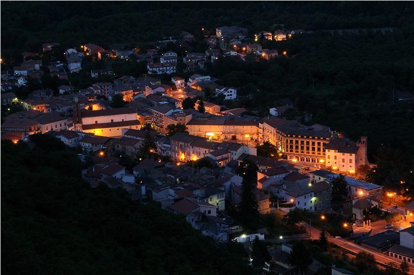 Roccamonfina Di Notte Foto Di Enzo Merlino