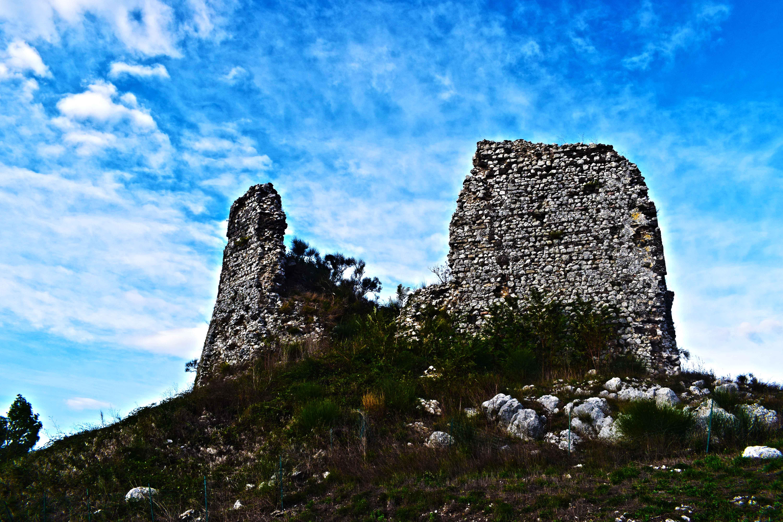 Castello di Castel Morrone