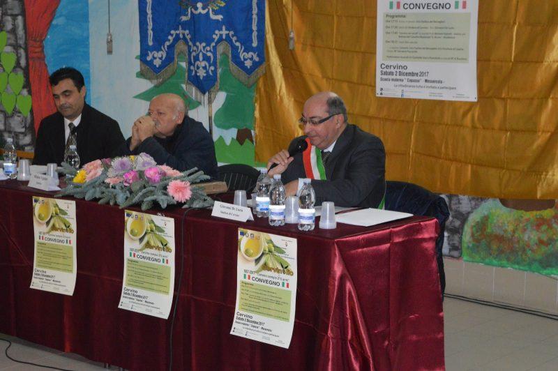 Il preside Michele Vigliotti, sempre in prima fila per omaggiare la memoria storica di Cervino