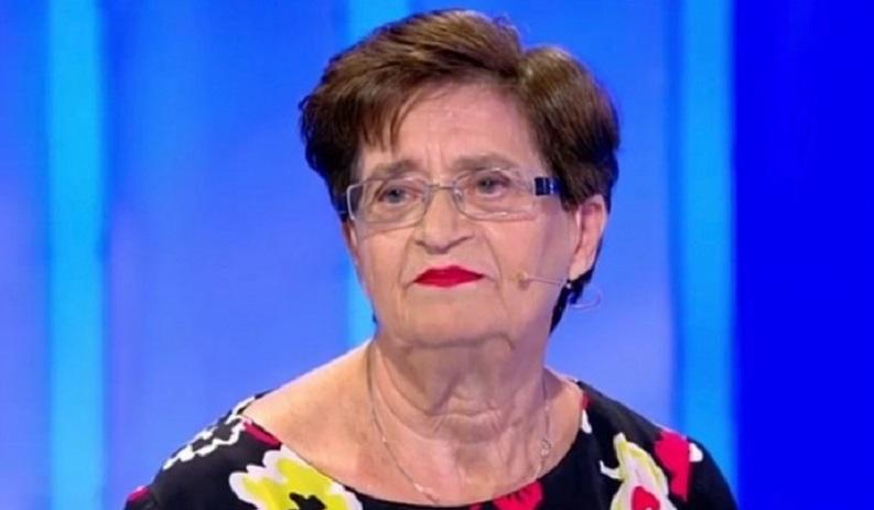 Signora casertana a C'è Posta per te - Luigia