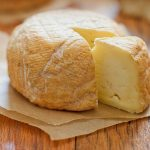 cacioforte statigliano - forma di formaggio