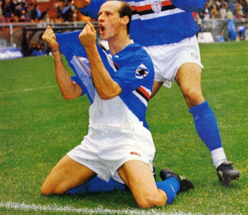 Attilio Lombardo con la maglia della Sampdoria