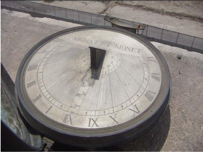 Orologi Della Reggia - Meridiana