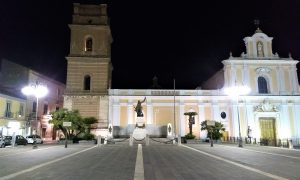 Duomo di Santa Maria Capua Vetere - la piazza