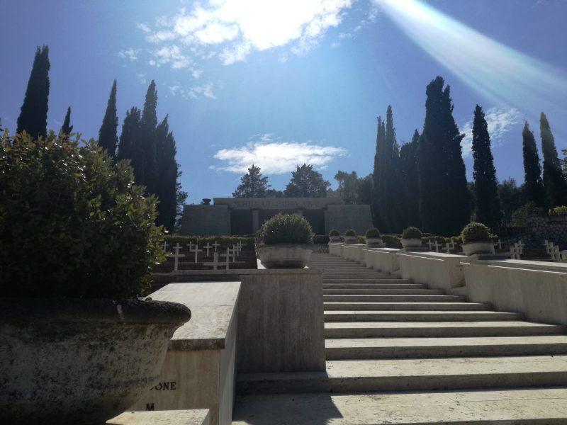 museo Sacrario Monte Lungo - la scalinata
