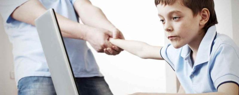 dipendenze comportamentali - Dipendenza Da Internet