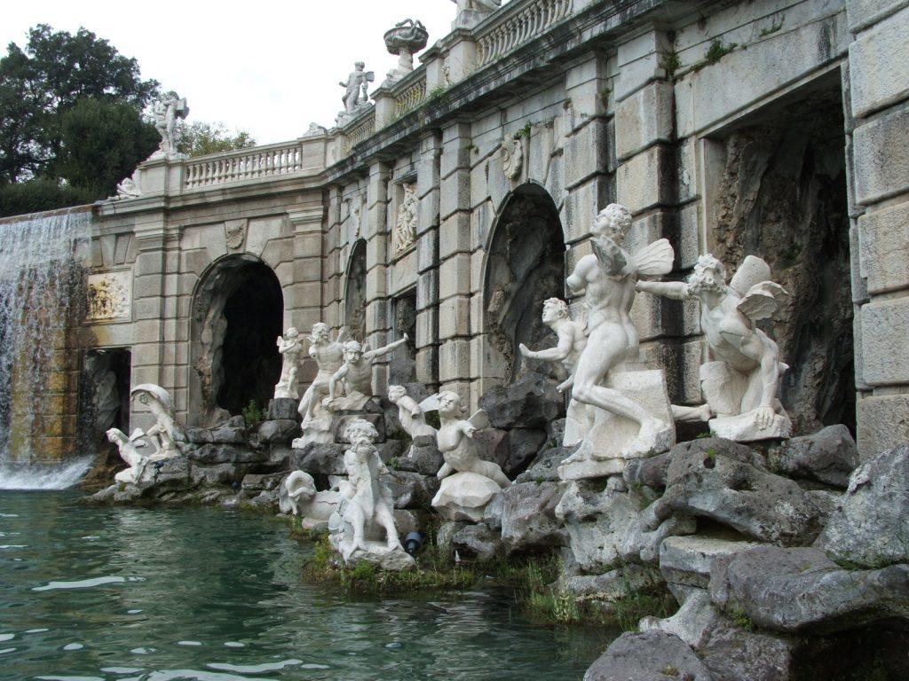 Sculture della Fontana Di Eolo