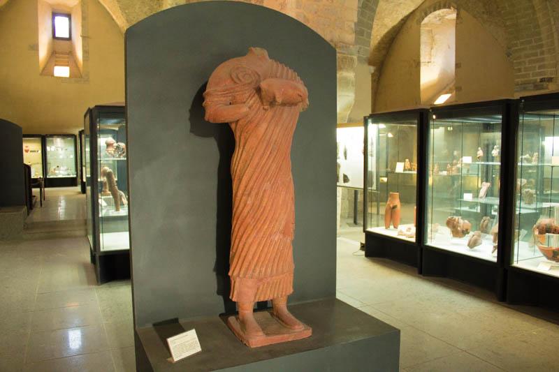 Statua con Porcellino In Ceramica Museo Archeologico di Teanum Sidicinum