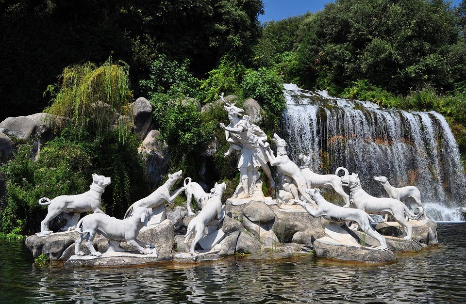 percorsi tattili olfattivi - Fontana Cascata Reggia