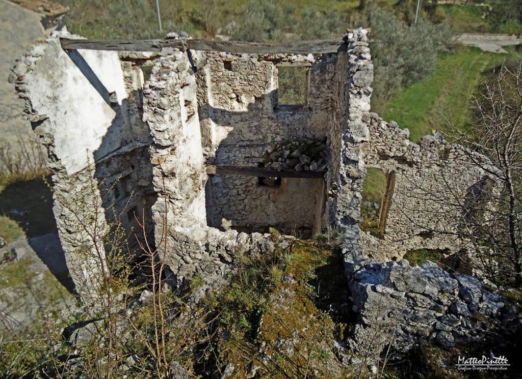 Castello Di Rupecanina Ruderi