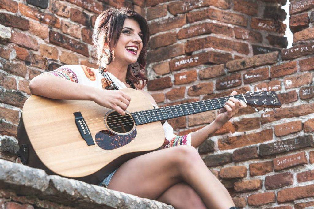 Notte Bianca di Caserta 2019, la cantautrice casertana Tonia Cestari