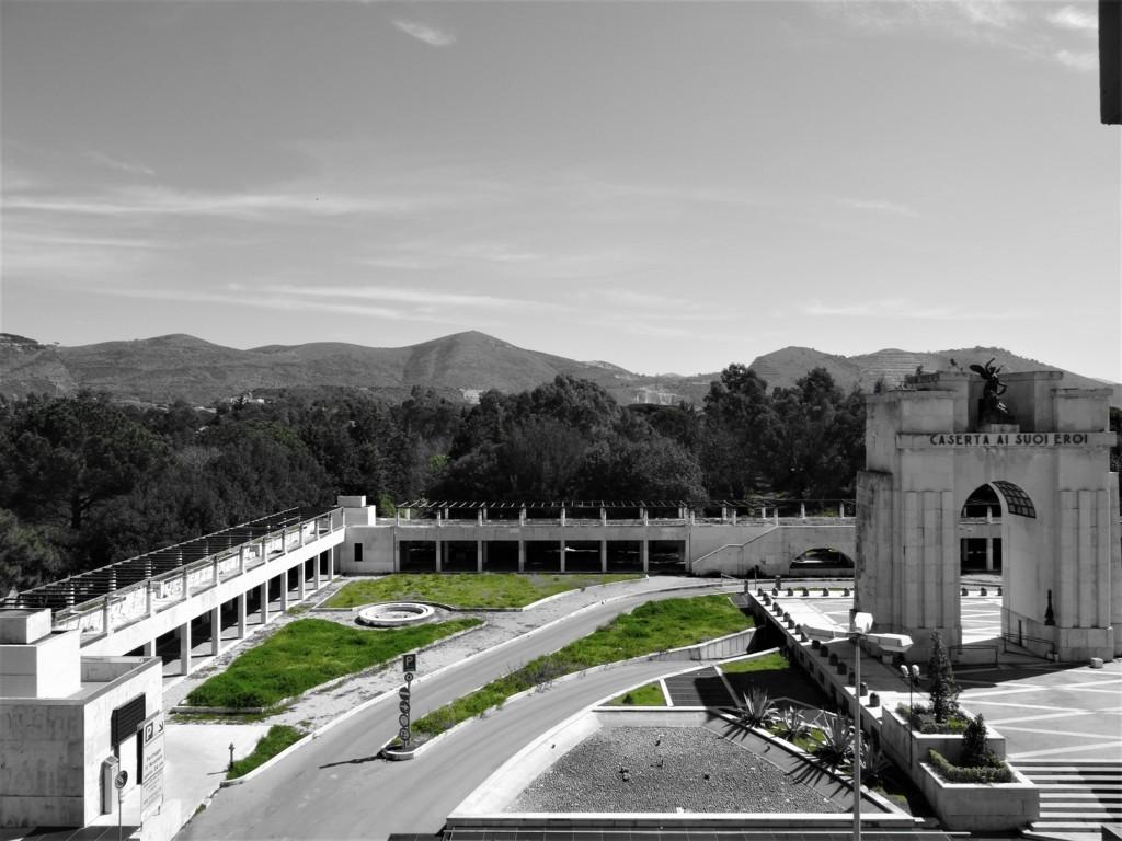 Monumento ai caduti - Piazza Monumento