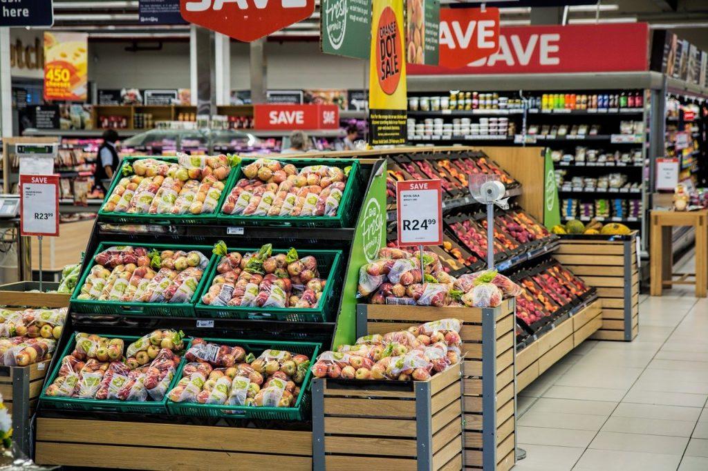 Sosteniamocaserta ala di un supermercato