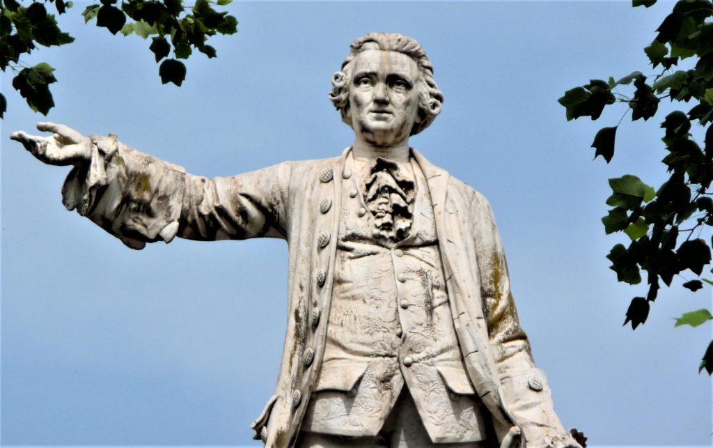Statua Luigi Vanvitelli