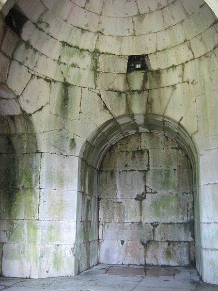 Archeologia A Cassino- mausoleo di Ummidia Quadralilla