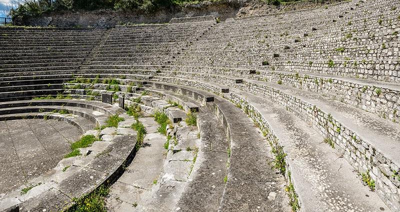 Area archeologica di Casinum - scorcio del teatro romano