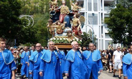 Chiesa Madre - Madonna Assunta in processione