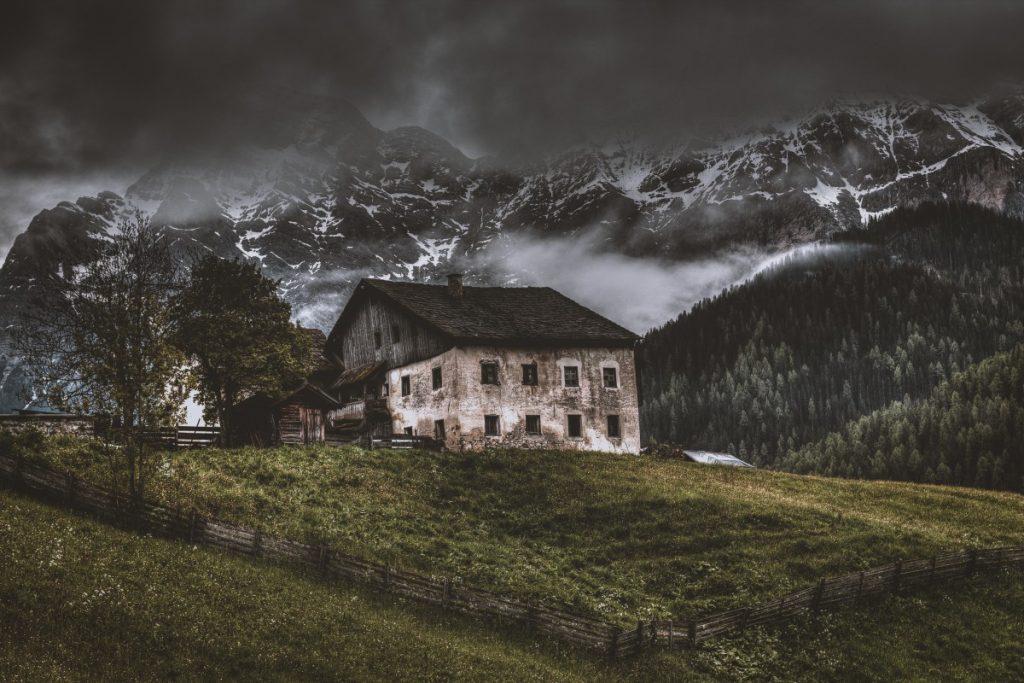 Casa Fantasma Casa Sui Monti