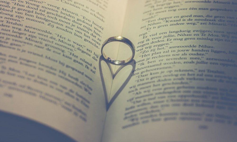 Amore Regala Un Libro