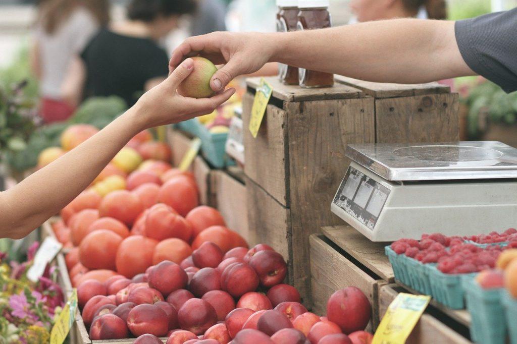 Coronavirus E Alimentazione Vendita Frutta