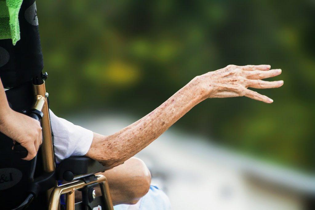 Coronavirus E Spesa Anziani