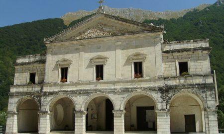 Santuario Di Canneto Facciata Santuario