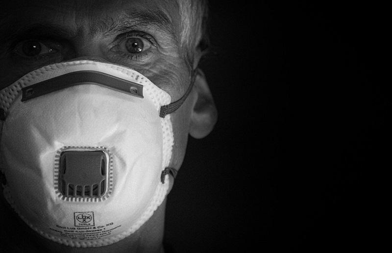 Epidemia Anziani E Ricordi Della Malaria