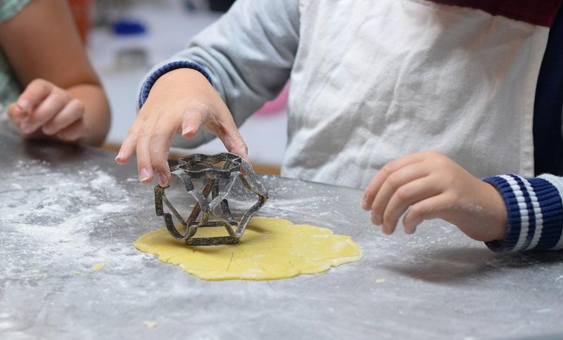 Resilienza Bambini Lavori In Cucina