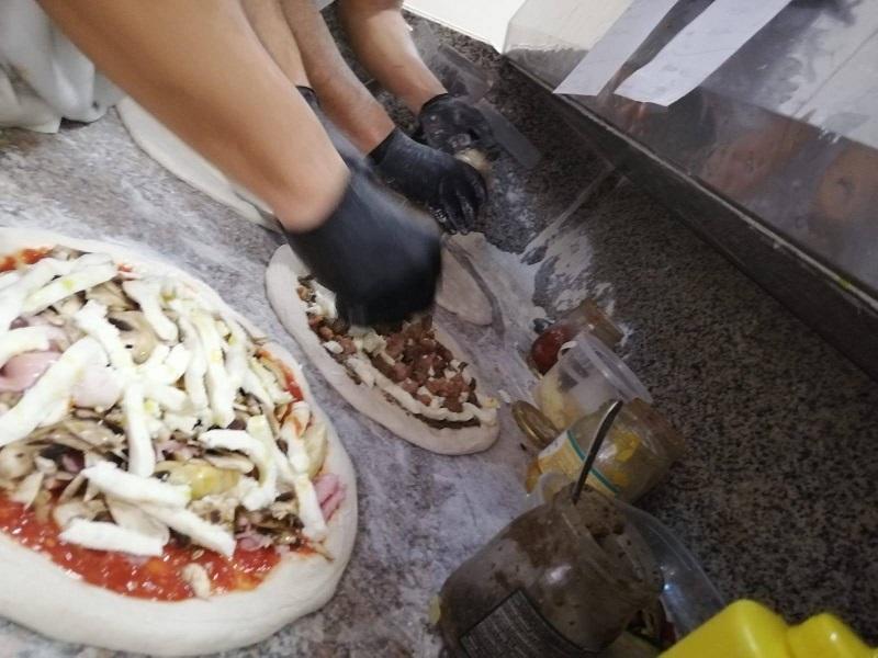 Cristian Cennamo Preparazione Pizze