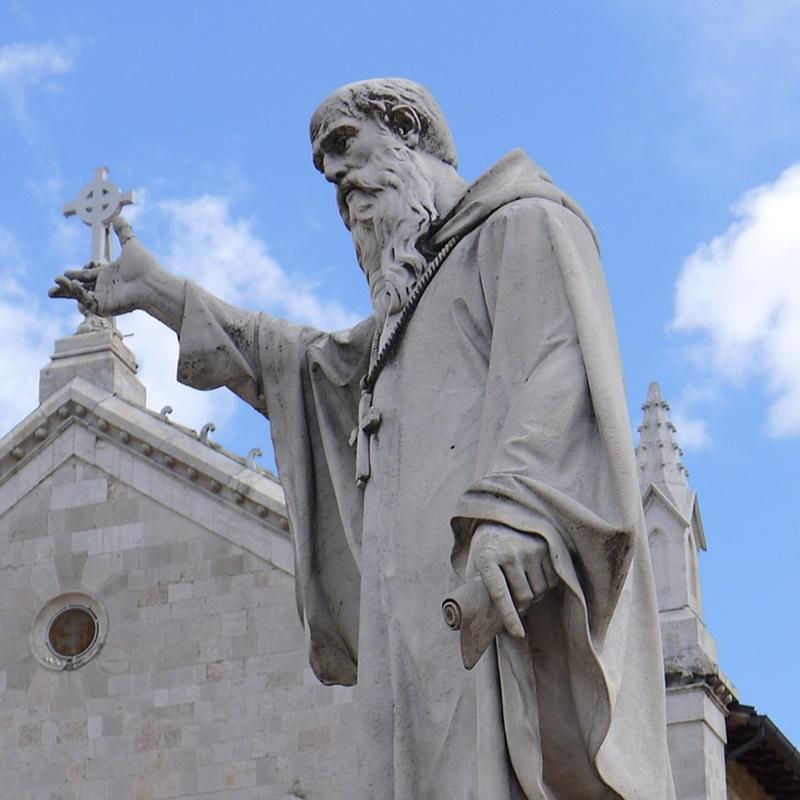 Due patroni a Cassino - San Benedetto in una statua