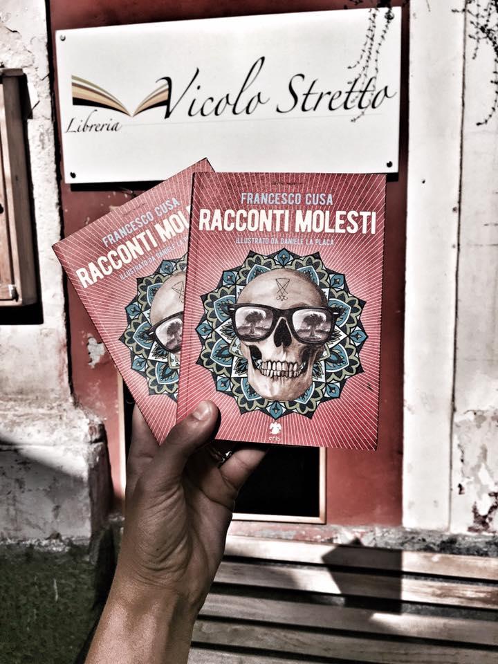 Racconti Molesti alla libreria Vicolo Stretto di Catania