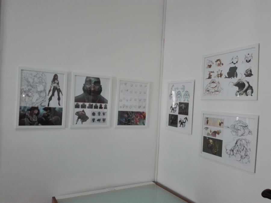 Illustrazioni all'interno dell'accademia dei videogame.
