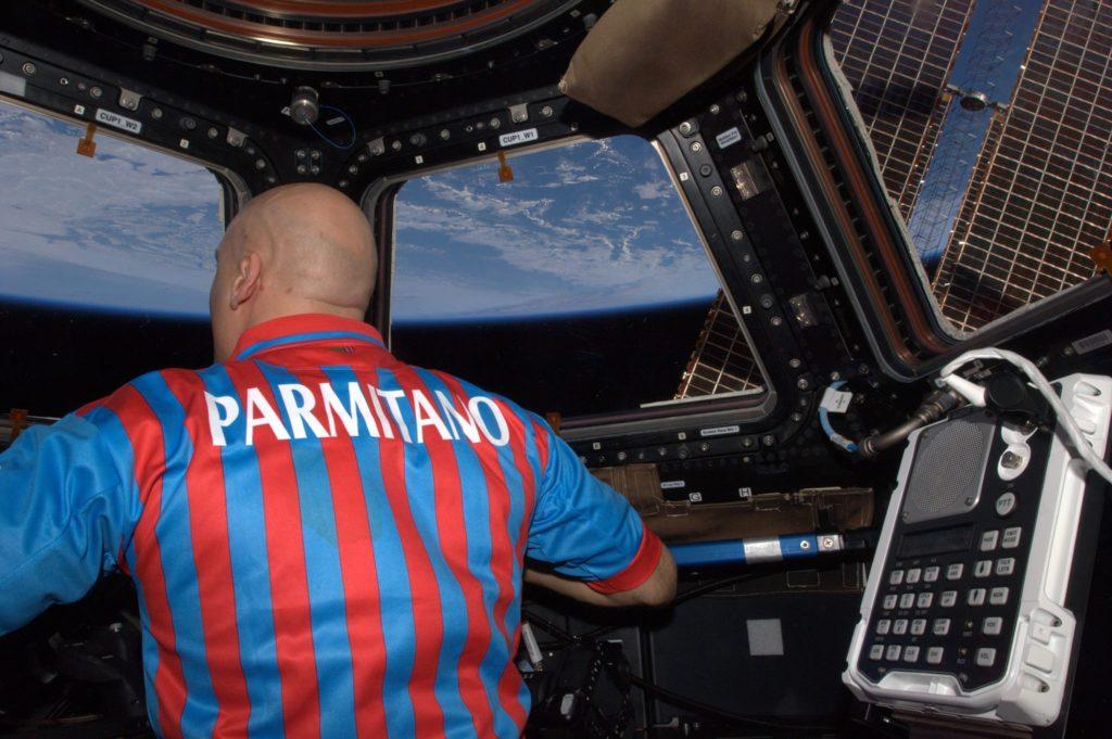 Il catanese Luca Parmitano è il primo ed unico italiano ad aver compiuto una passeggiata nello spazio nel luglio 2013