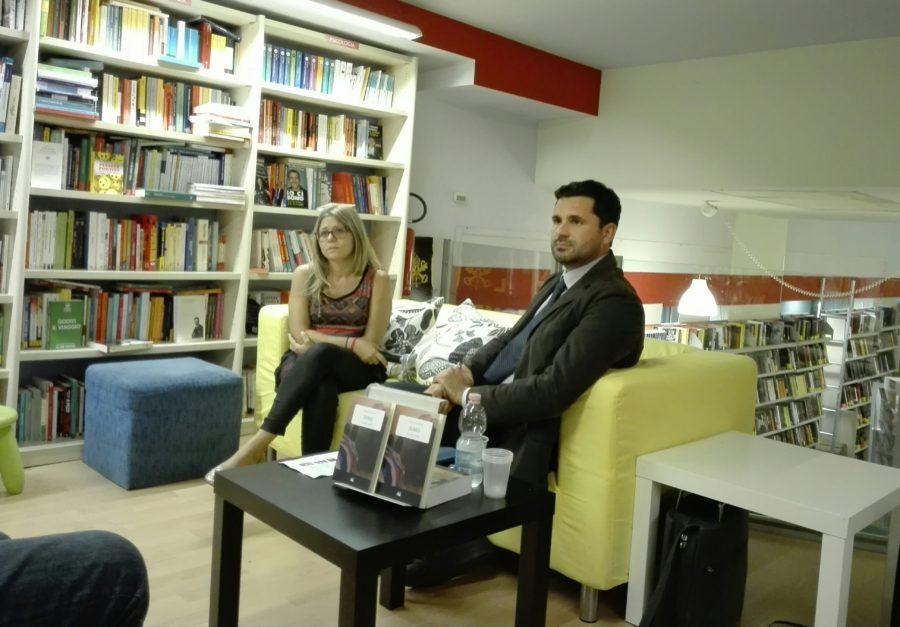 Presentazione del libro Zia Favola alla Mondadori BookStore di Catania