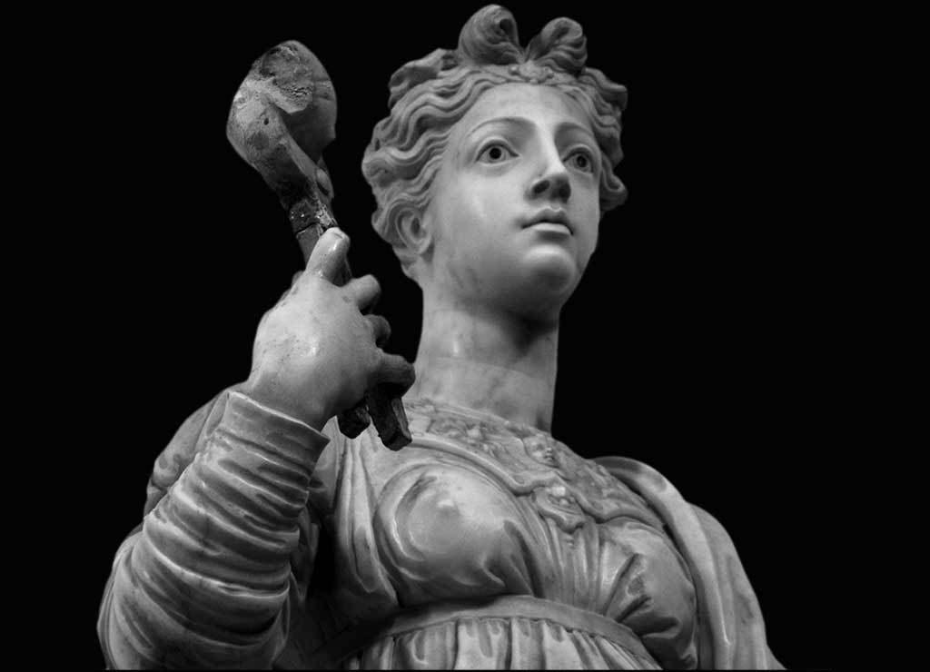 La statua di Sant'Agata realizzata da Martino Montanini di Bartolomeo, per il duomo di Taormina.