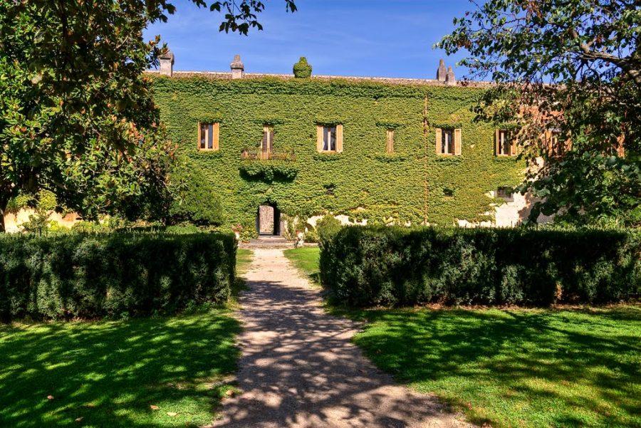 L'eleganza del Castello Nelson tra Bronte e Maniace. Fonte: Tenuta San Michele