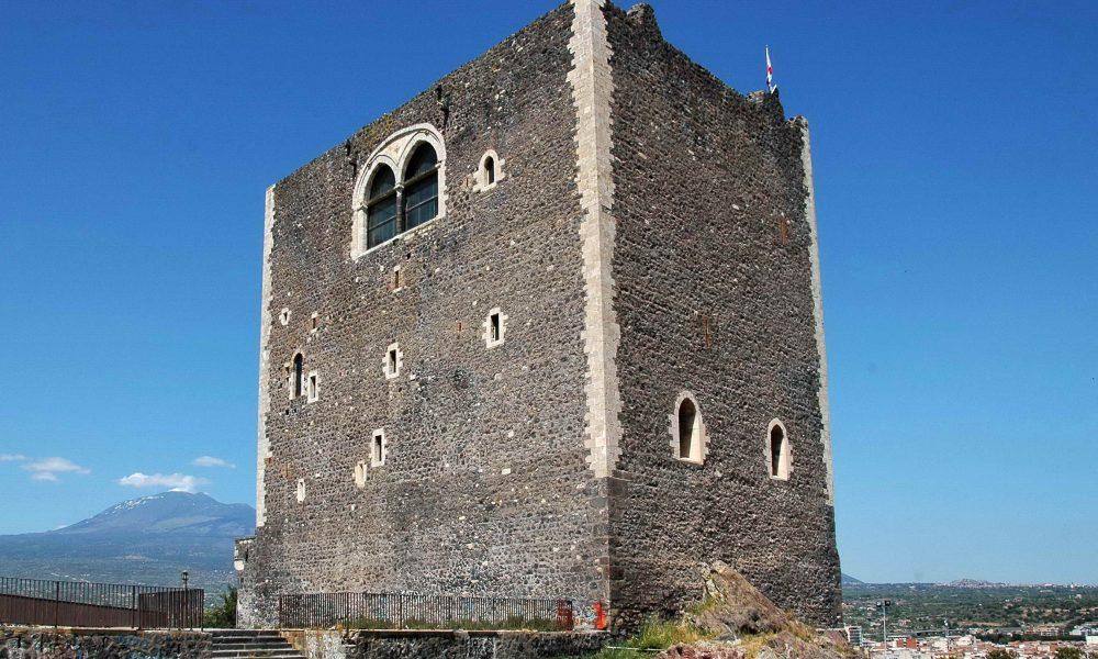 Castello di Paternò a Catania. Fonte: mapio.net