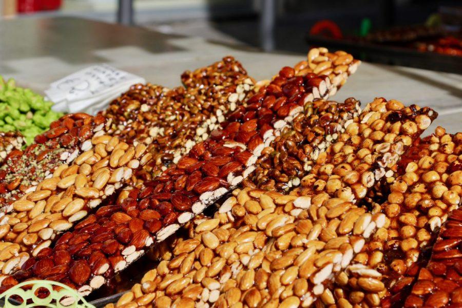 Il Torrone, tipico dolce delle festività siciliane. Fonte: Tribupress
