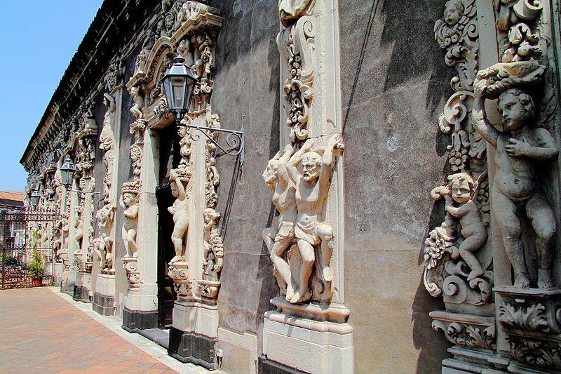Palazzo Biscari rappresenta il trionfo dello stile barocco catanese