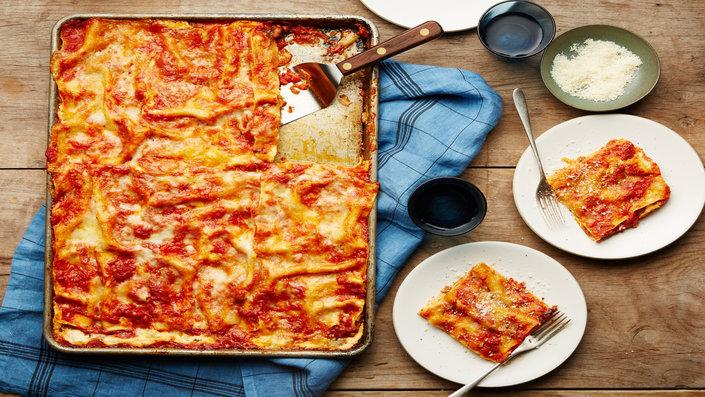 Teglia Di Lasagne A Tavola