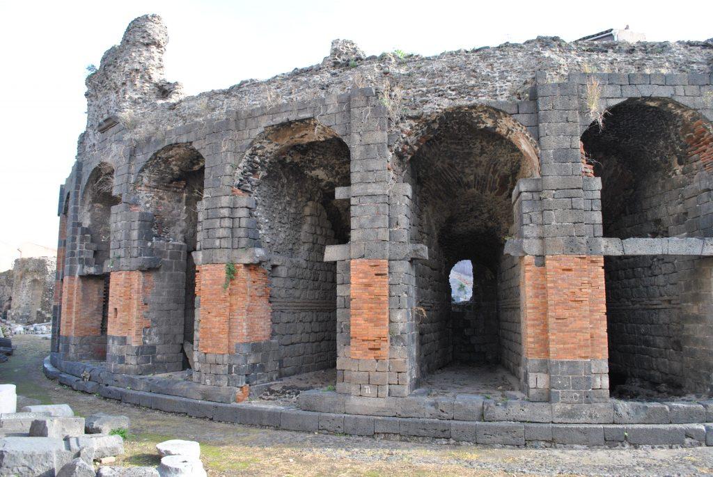 Odeon Catania: alla scoperta del nome della città. Fonte: Vivict.it