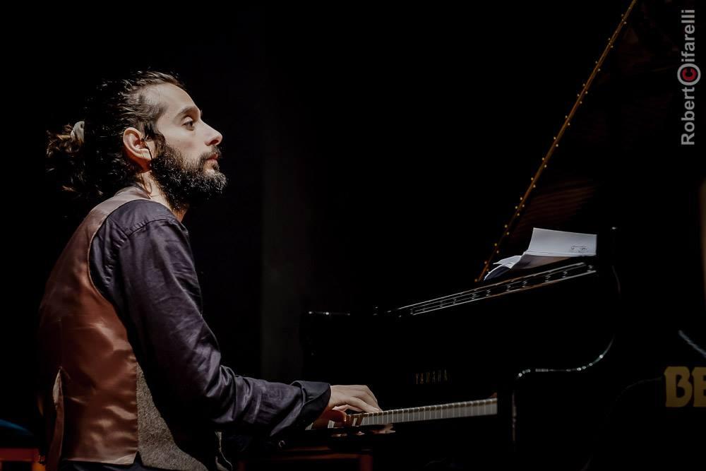 Dino Rubino al piano