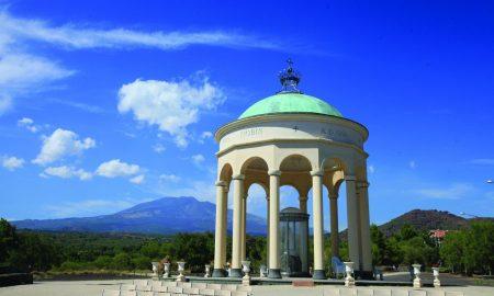 Santuario Madonna Della Roccia Fonte Typical Sicily