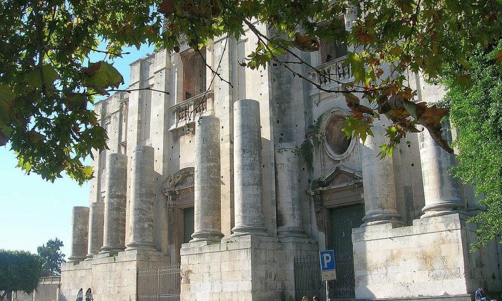 1200px Chiesasnicolòlarenact