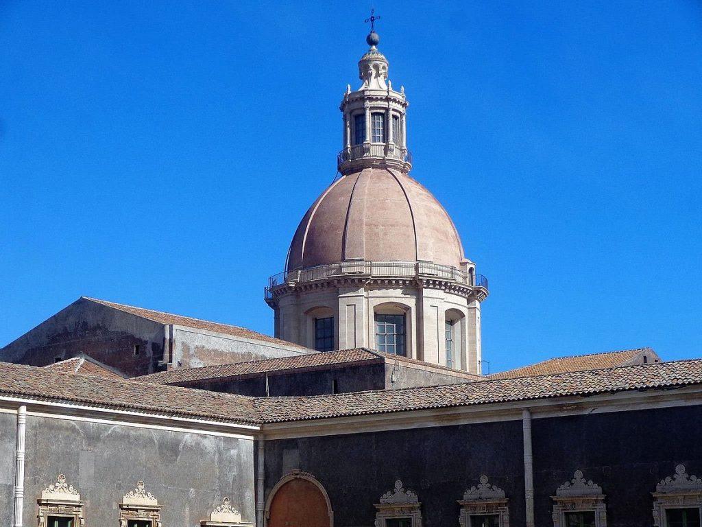 Foto della cupola della Chiesa San Nicolò l'Arena
