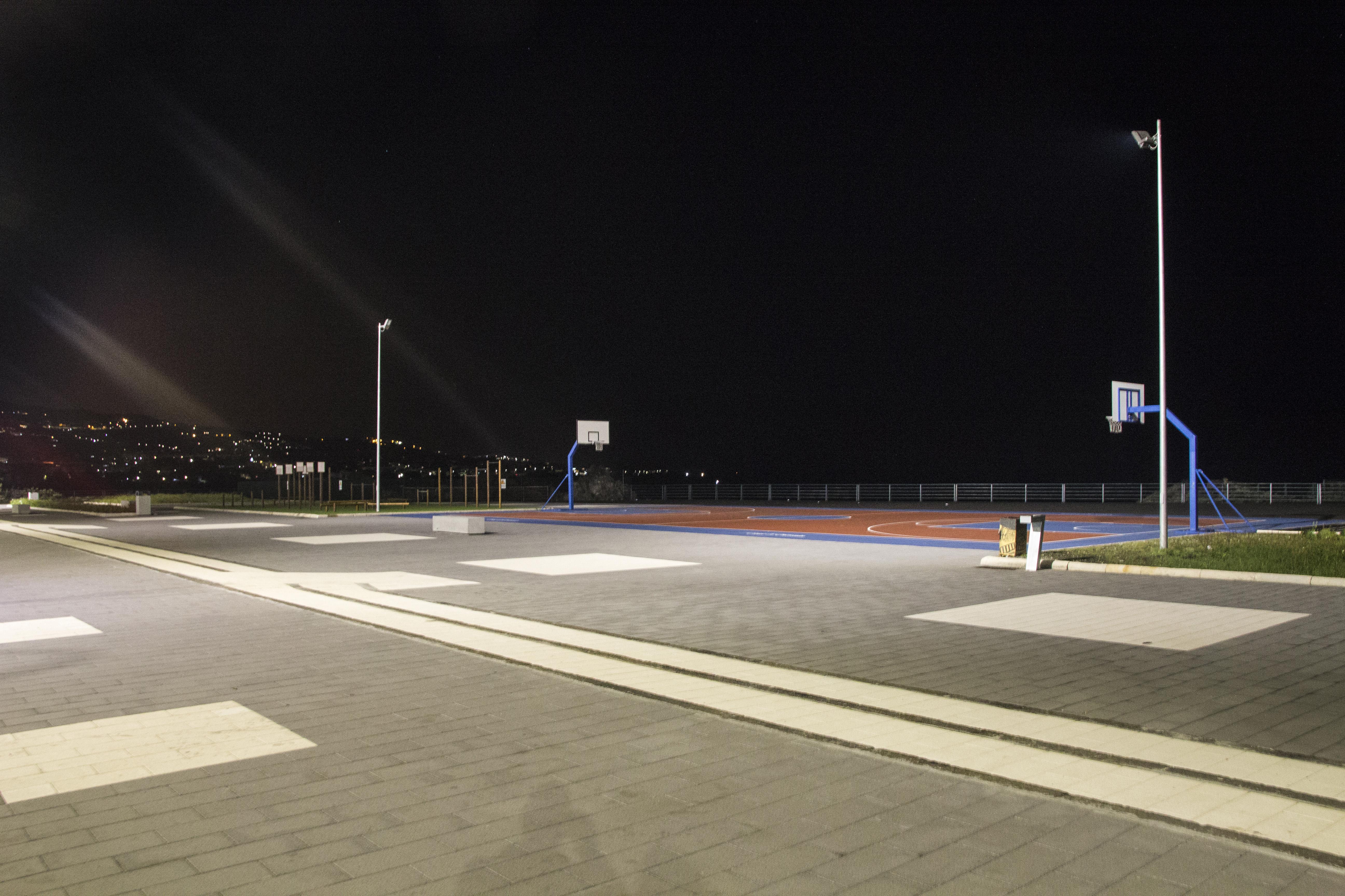 Piazza Nettuno 2 Web